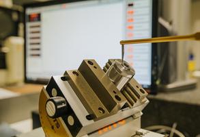 Powder Metal Technology, Index, Schütte, ECM, TEM, Undercarriage, Grinding